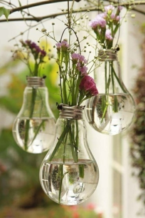 décorer-sa-chambre-boules-avec-de-l'eau-et-fleurs-pots-pot-de-fleur