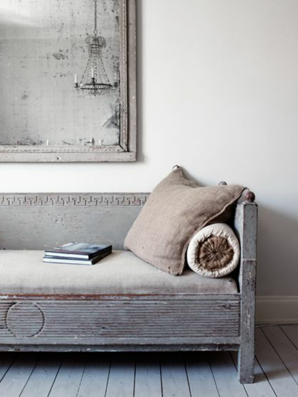 détail-de-salon-Chic-et-sobre-avec-le-style-Gustavien-resized