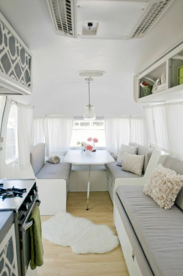 design-maison-voiture-camping