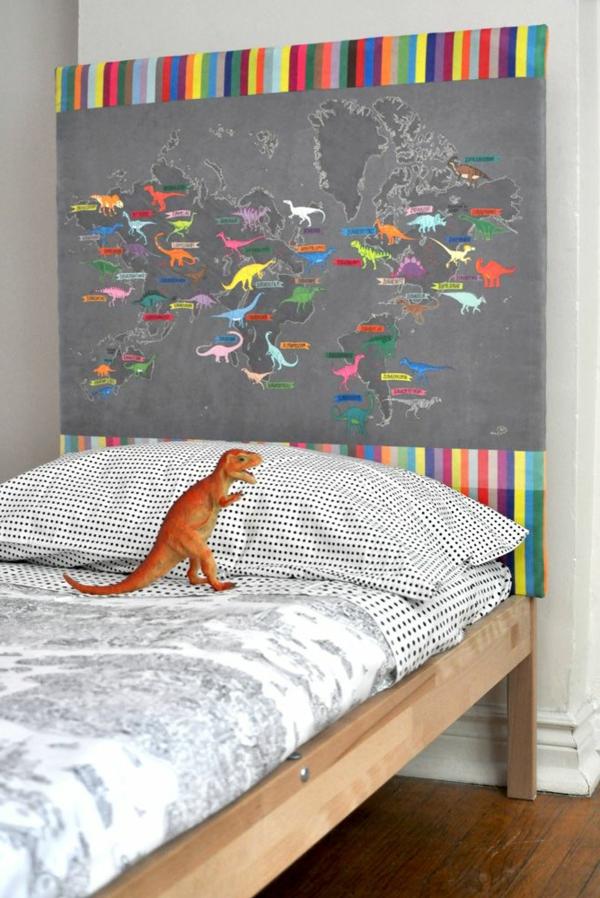 dinosaure-lcouvre-lit-tête-capitole-orange-gris