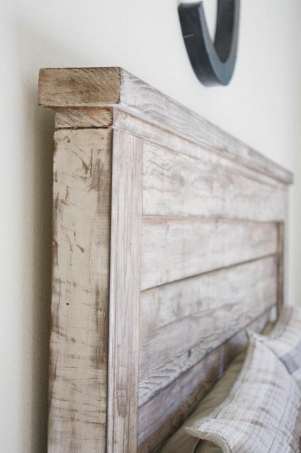 en-bois-tête-de-lit-diy-créative-beige