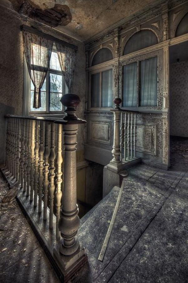 escalier-gothique-maison
