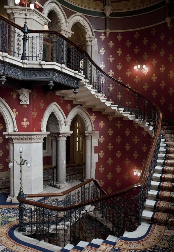 escalier-gothique
