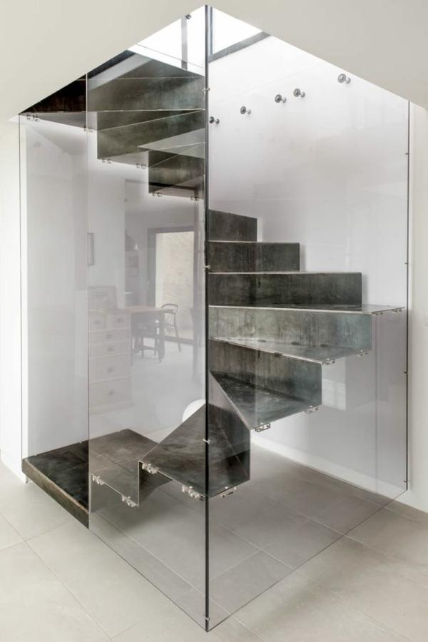 escalier-urbaine-verre-securise-cité-ville-décoration