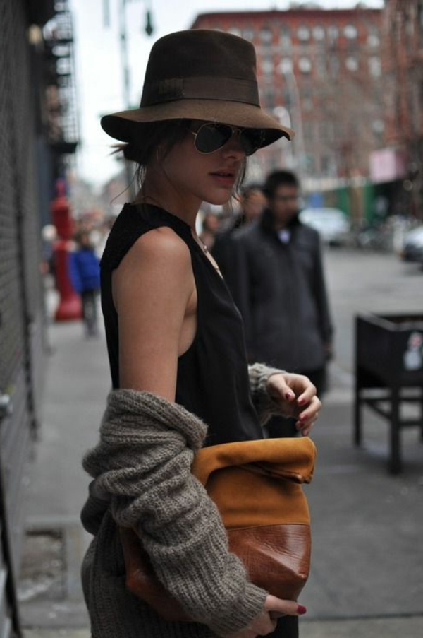 femme-moderne-chapeau