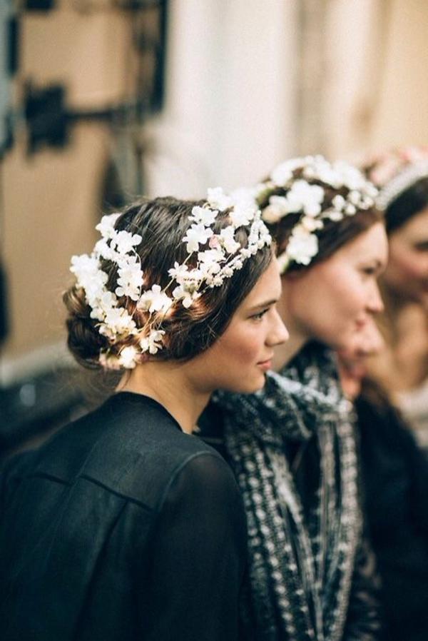 filles-couronnes-fleurs