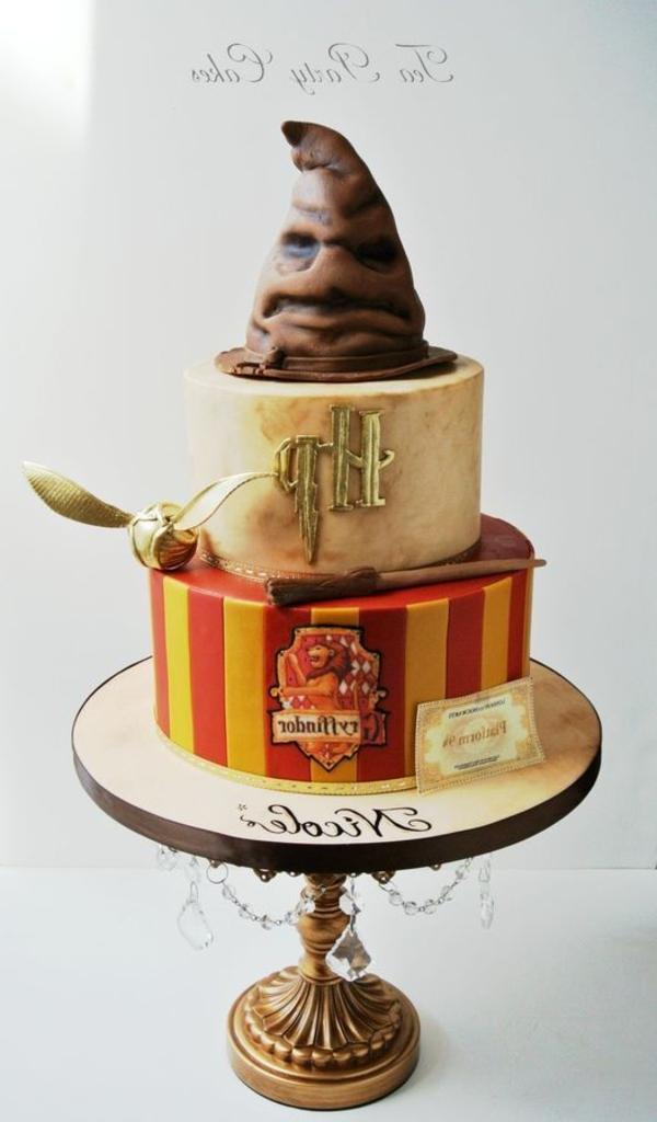 gateau-d-anniversaire-original-hogwarts-harry-potter
