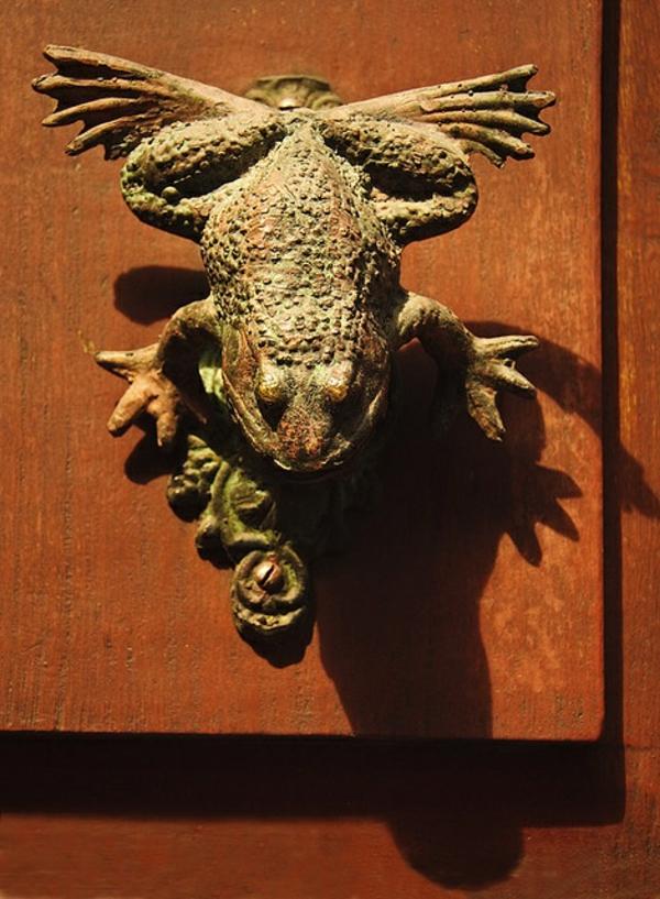 grenouille-poignée-originale-porte