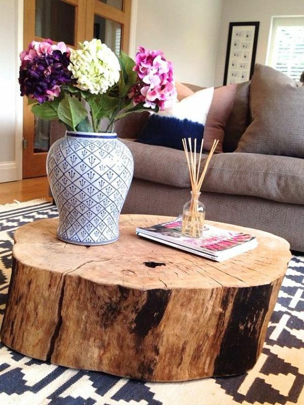 idée-creative-pour-la-déco-de-votre-salle-de-séjour-fleurs-sur-table