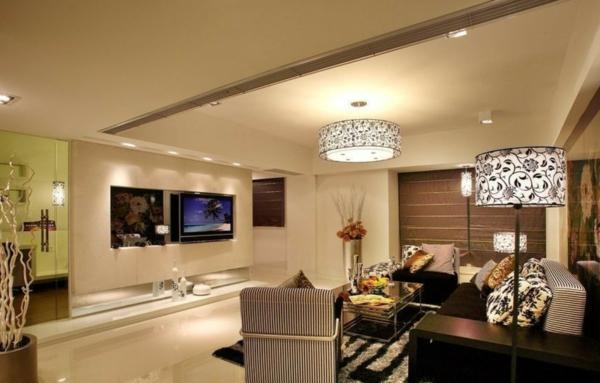 comment d corer avec une lampe tactile. Black Bedroom Furniture Sets. Home Design Ideas
