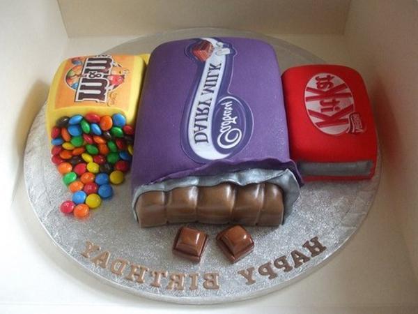 joli-gâteau-idée-originales-pour-mon-anniversaire-des-bonbons