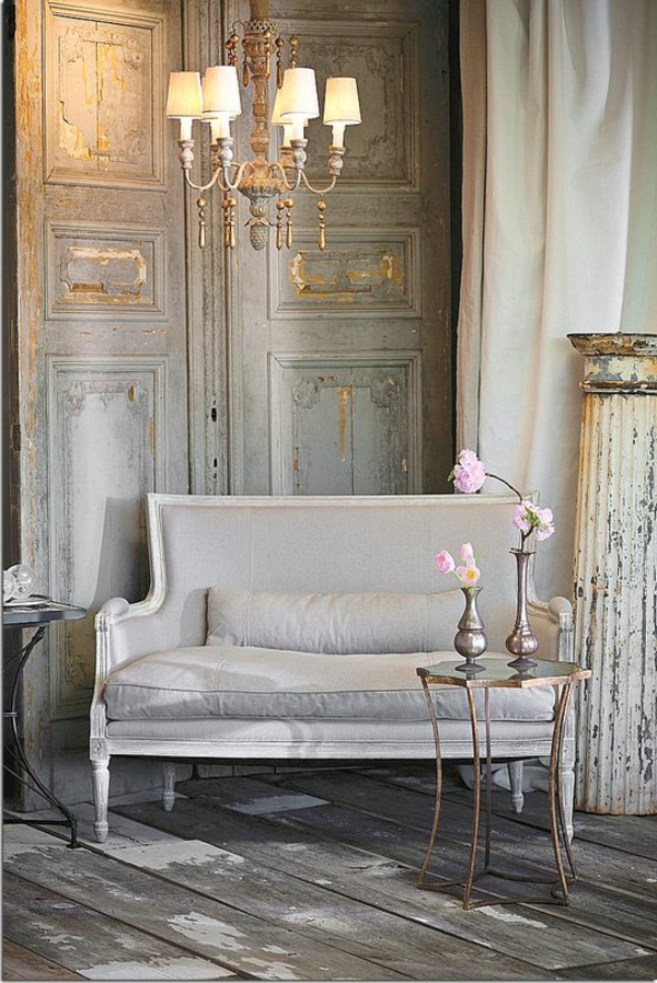joli-salon-sofa-fleurs-style-gustave