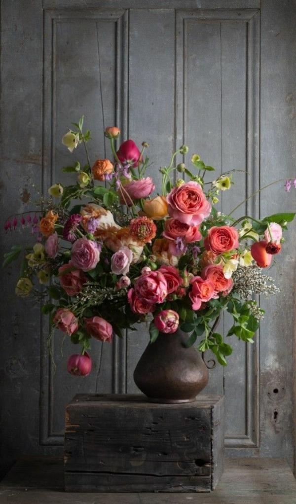 jolie-bouquet-idée-de-décoration-salon-avec-combination-florale