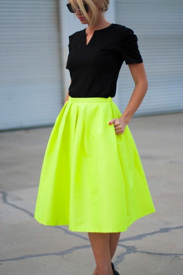 La jupe corolle pour une silhouette avec aur ole - Quelle couleur avec le vert vetement ...