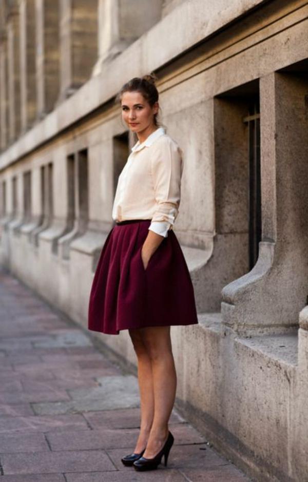 jupe-corolle-rouge-un-style-de-collégienne
