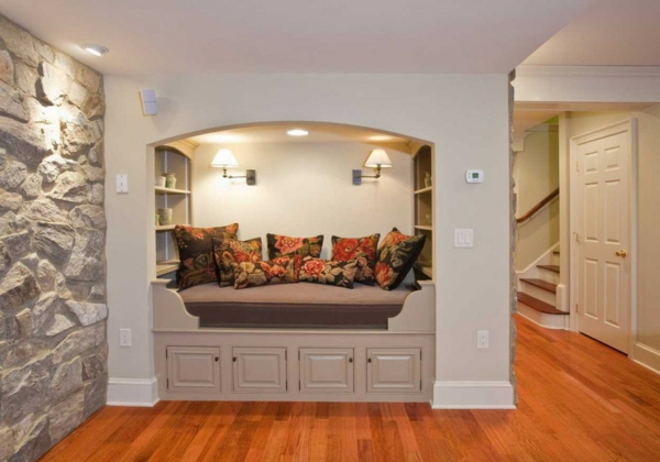 lа-pierre-de-parement-intérieur-mur-intérieur-coussin-place-pour-s'assoir-original-resized