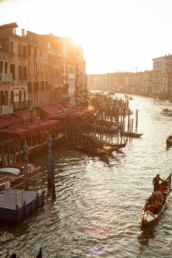 la-rivière-canal-venice-italie