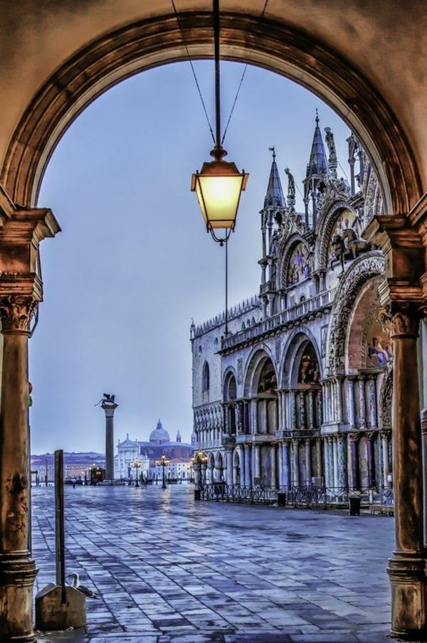 la-visite-de-Venise-jolie-cité-romantique-et-historique