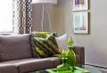 Le lampadaire tripode est un élément décoratif superbe