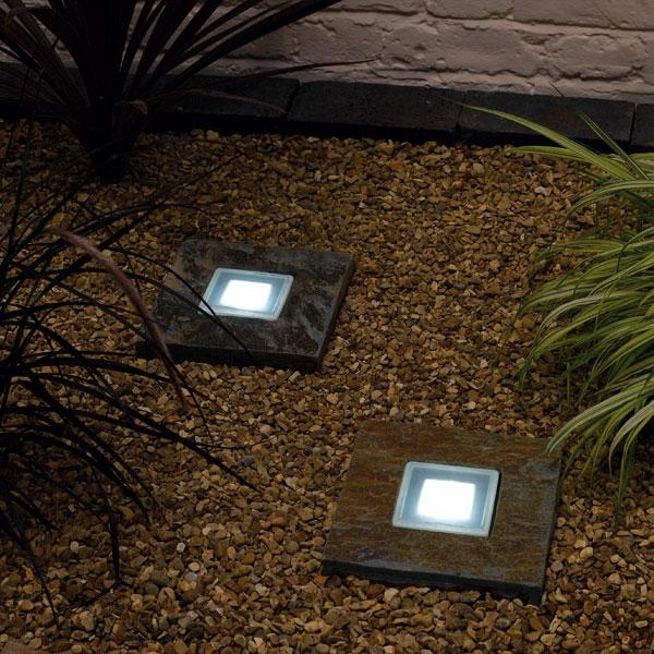 Les Lampes Solaires De Jardin  clairage Joli Et cologique Pour L