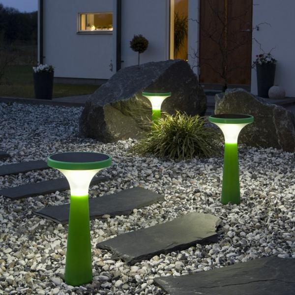 lampes-solaires-de-jardin-illumination-d'extérieur