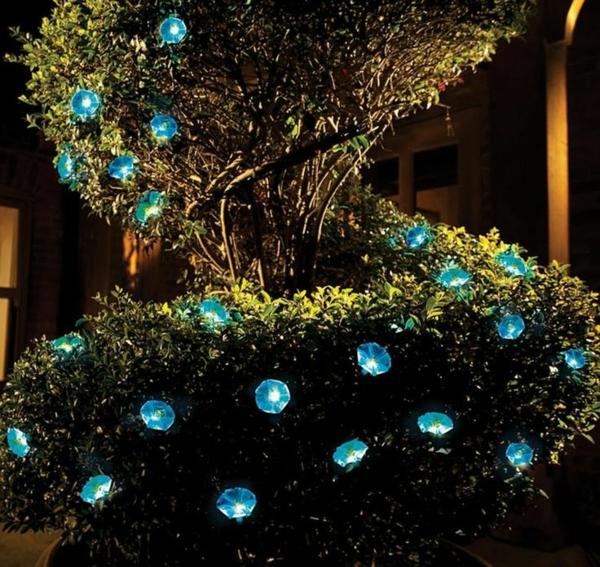lampes-solaires-de-jardin-lampes-imitations-de-fleurs