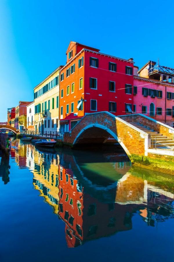 les-couleurs--de-la-ville-Venise-visite-à-ne-pas-manquer