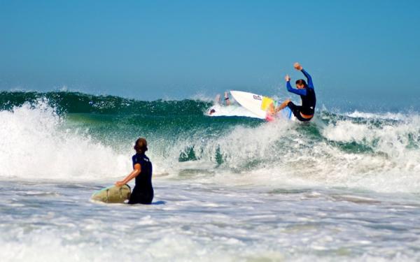 les-grandes-vagues-de-l'océan-France-Biarritz