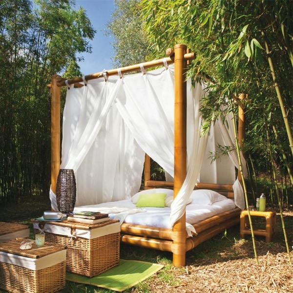 lit-en-bambou-mobilir-romzntique-pour-le-jardin