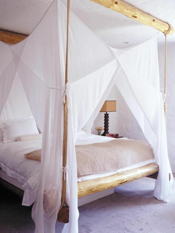 lit-en-bambou-voilage-blanc