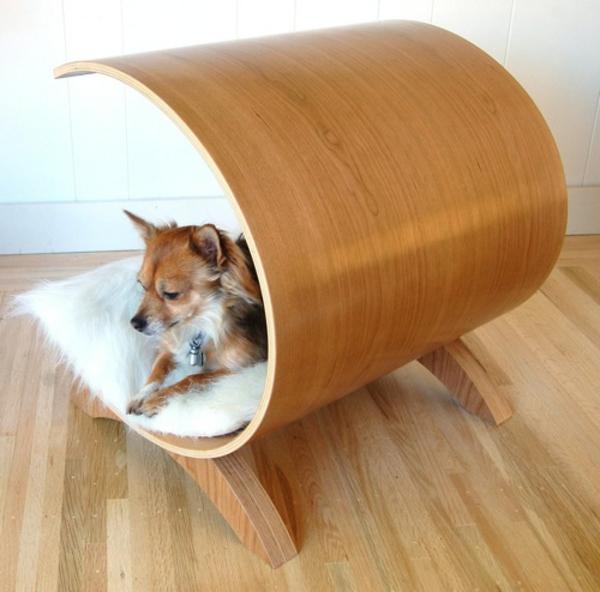 lit-pour-chien-design-original-en-bois