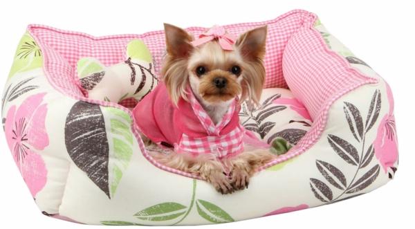 lit-pour-chien-lit-floral-coquet
