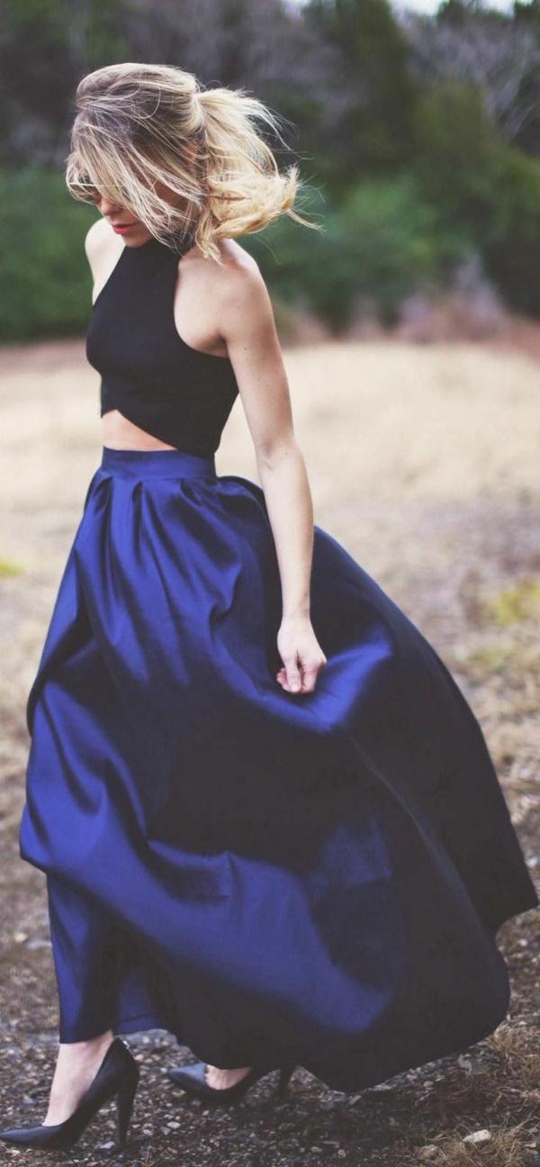 longue-jupe-porter-bleu