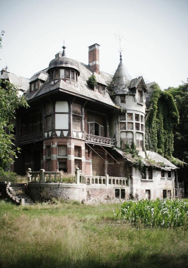 L architecture gothique pour votre demeure for Architecture exterieur maison