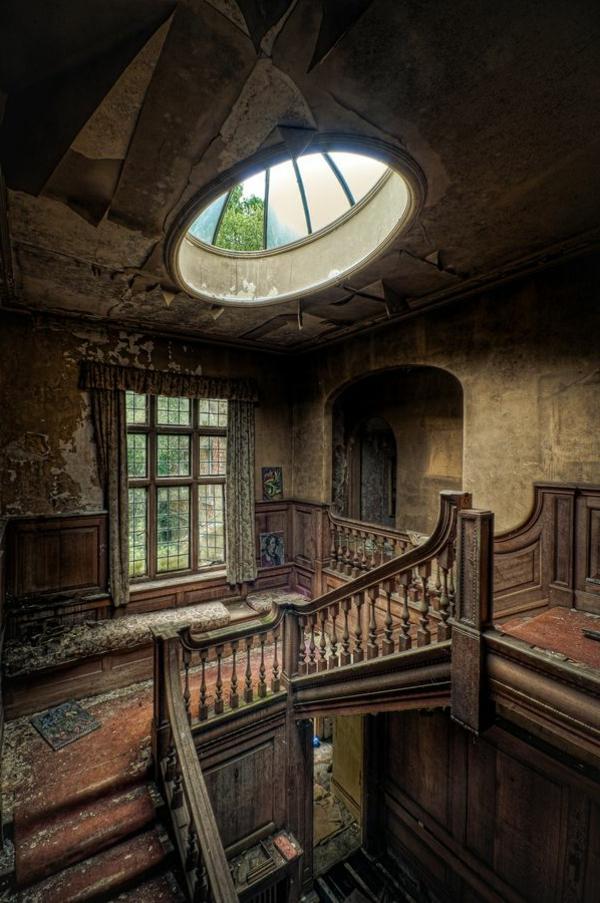 maison-gothique-intérieur
