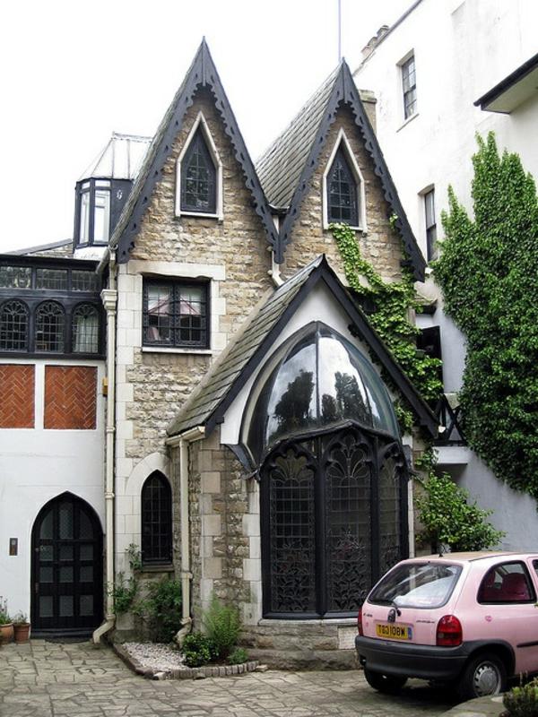 maison-gothique-moderne