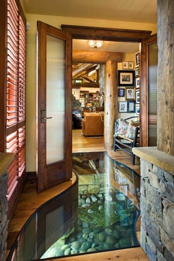 maison-verre-design-en-bois