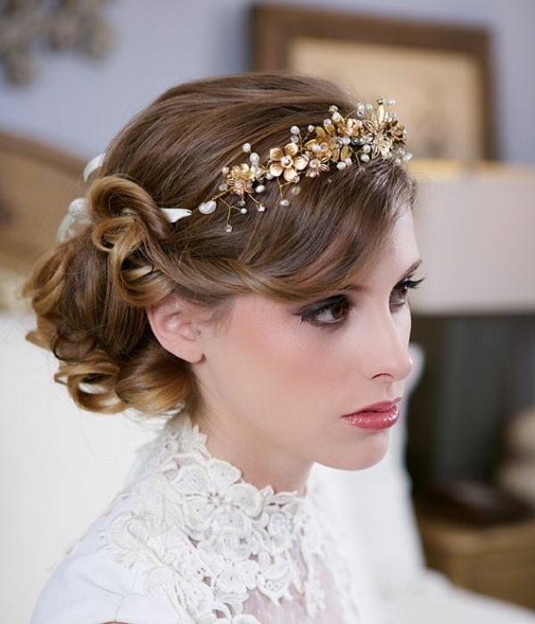 mariage-couronne-de-fleurs-doré