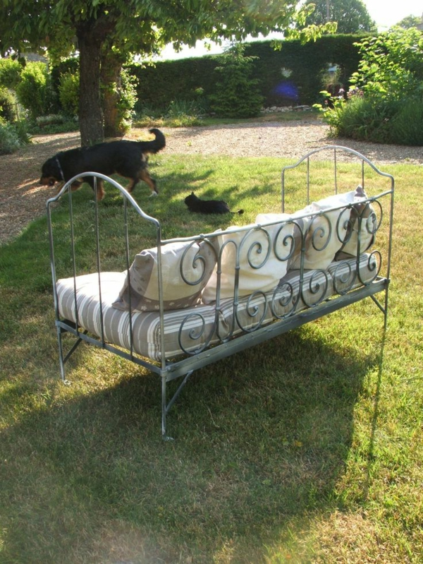 meubles-en-ferre-jardin