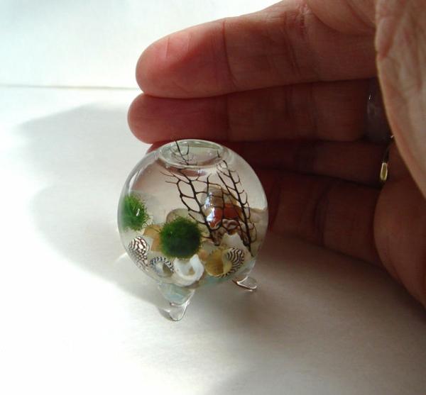 mini-jardin-zen-dans-un-globe-en-verre