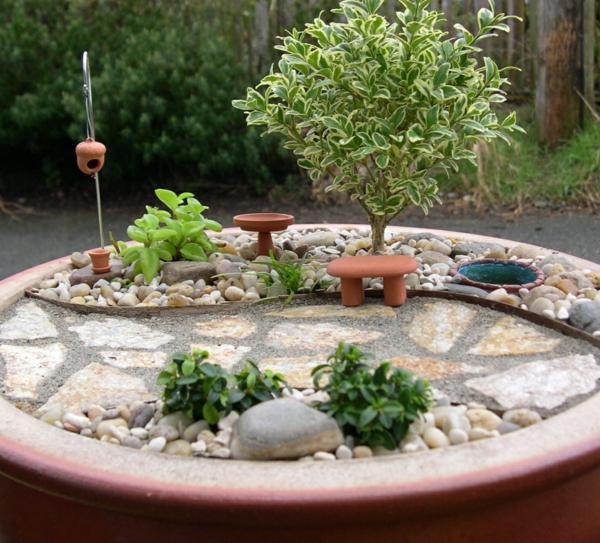 mini-jardin-zen-gravier-décoratif-allée-en-pierre-bonzai-vert