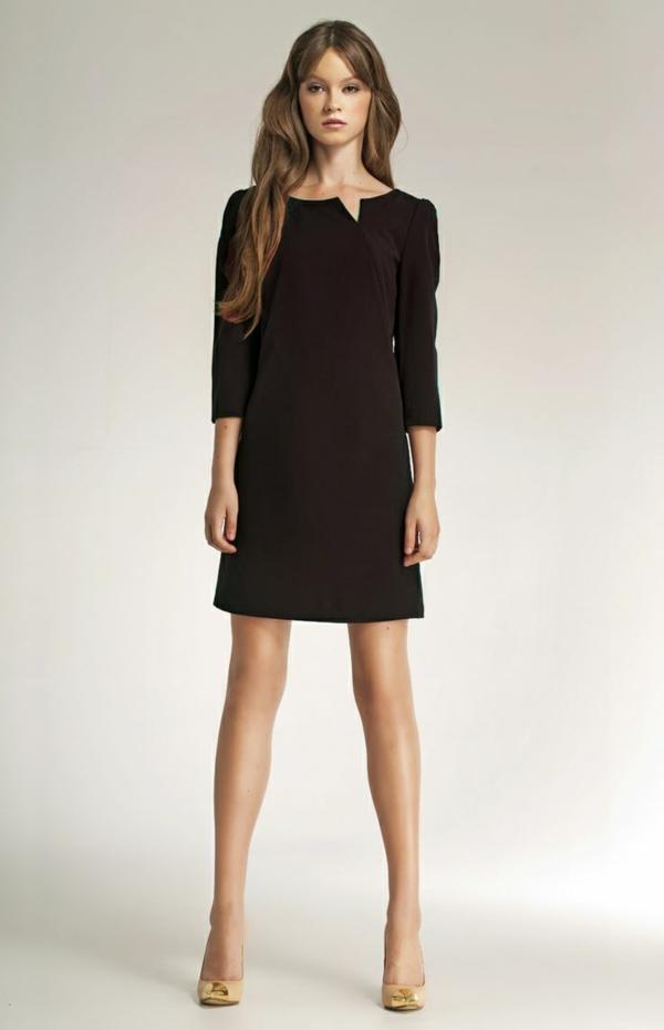 modèle-robe-noire-courte-petite-robe-noir-femme