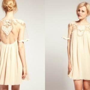 La robe trapèze est de nouveau à la mode!