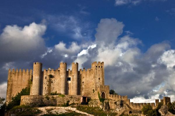 obidos-castel-Portugal-château-moyenne-age