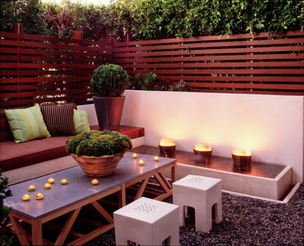 Choisissez un panneau occultant de jardin for Decoration exterieur en bois