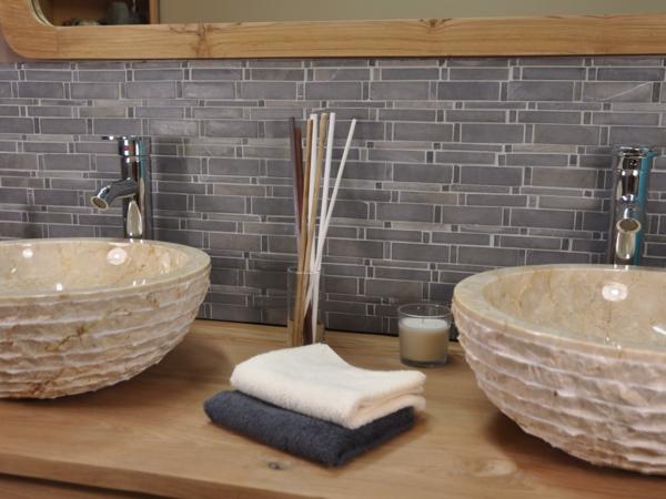L pierre de parement int rieur for Mosaique marbre salle de bain