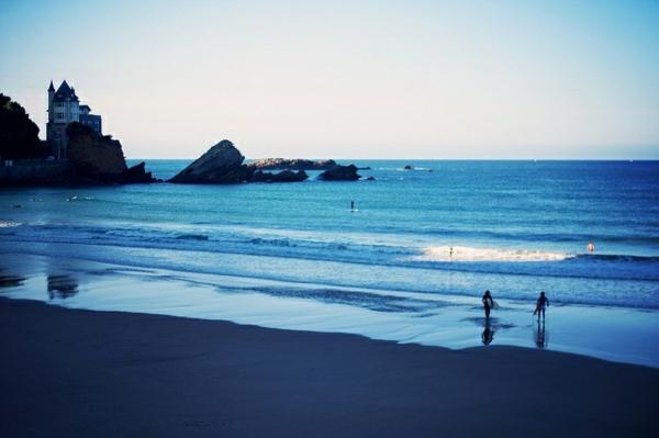 paysage-de-Biarritz-paradis-des-surfeurs-en-Europe