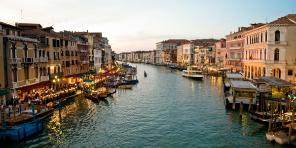 photo-la-jolie-ville-de-Venise-que-voir-vue-de-ciel-resized