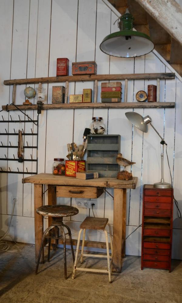 pièce-garage-travailler-chez-soi-étager-bureau-echelle