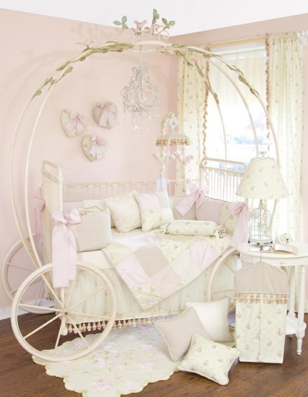 D coration pour la chambre de b b fille - Lit princesse carrosse ...